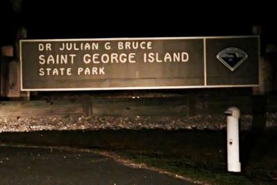 Dr. Julian G, -Bruce 0074